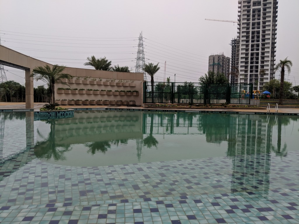 ESCALA Pool